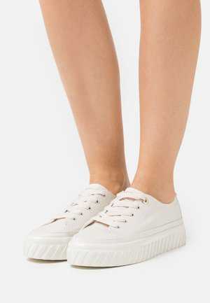 SHINY FLATFORM  - Trainers - white