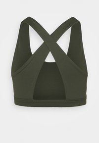 Cotton On Body - WORKOUT CUT OUT CROP - Light support sports bra - khaki - 1