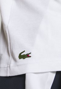 Lacoste Sport - BIG LOGO - T-shirt imprimé - white/black - 4