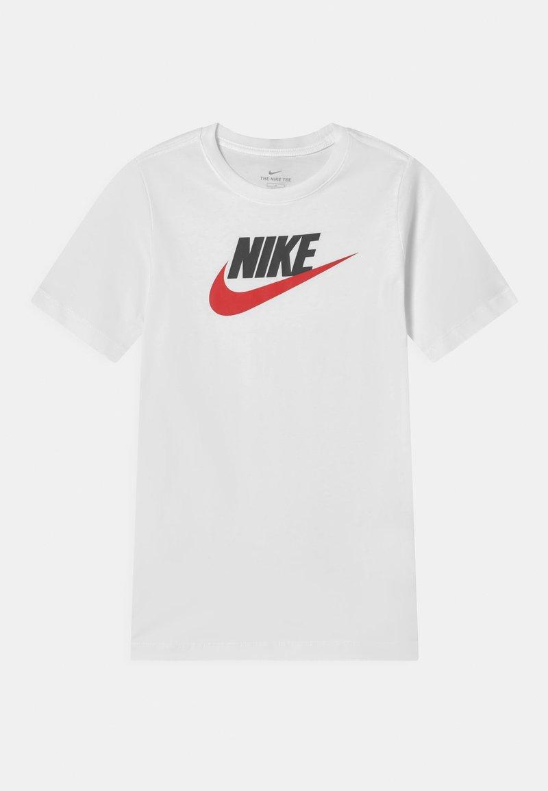 Nike Sportswear - FUTURA ICON TEE - Camiseta estampada - white/obsidian/university red
