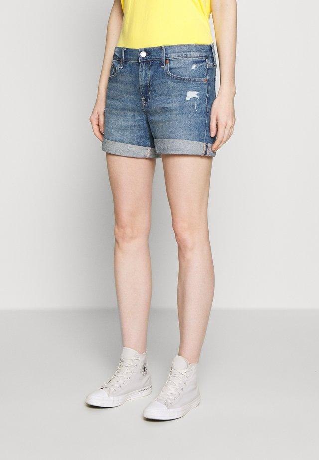 MED CINCA DEST - Denim shorts - medium indigo
