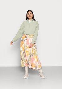 Saint Tropez - GABY SKIRT - A-line skirt - birch botanic outline - 1