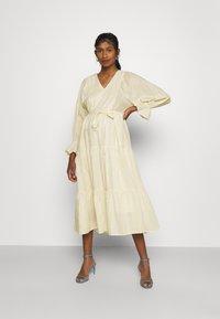 YAS - YASFABRINA LONG DRESS  - Vapaa-ajan mekko - eggnog - 1