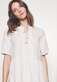 Vero Moda - VMIBIA SHORT DRESS - Day dress - birch - 4