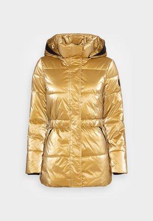 METALLIC SORONA WAISTED JACKET - Veste d'hiver - high shine gold
