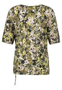 Gerry Weber - 1/2 ARM - T-shirt imprimé - schilf olive druck - 4