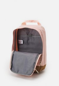 The North Face - TOTE PACK UNISEX - Rucksack - light pink/brown/off white - 4