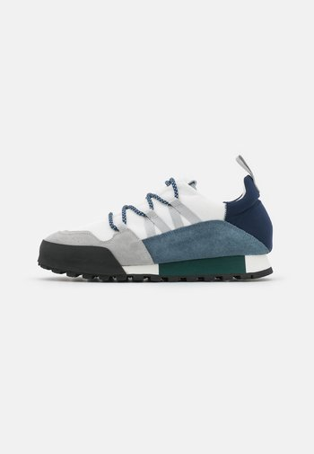 CHIRPY - Trainers - blue slate