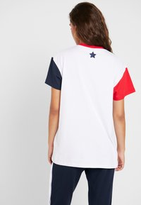 Ellesse - DAKOTA - Print T-shirt - white
