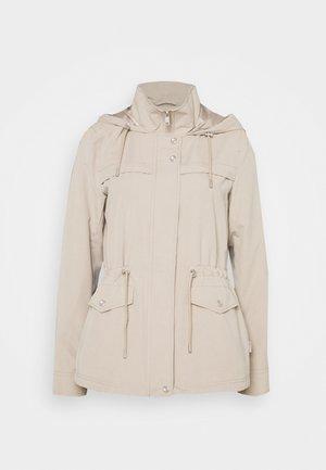 ONLNEWSTARLINE SPRING JACKET - Summer jacket - cobblestone