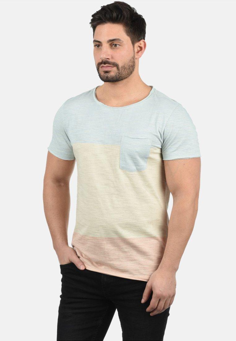 Hombre REGULAR FIT - Camiseta estampada