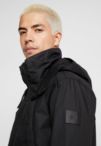 Makia - FISHTAIL JACKET - Parka - black - 5