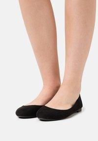 Even&Odd Wide Fit - Ballerina's - black - 0