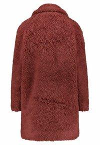 ONLY - ONLAURELIA SHERPA COAT  - Short coat - hellrot - 3