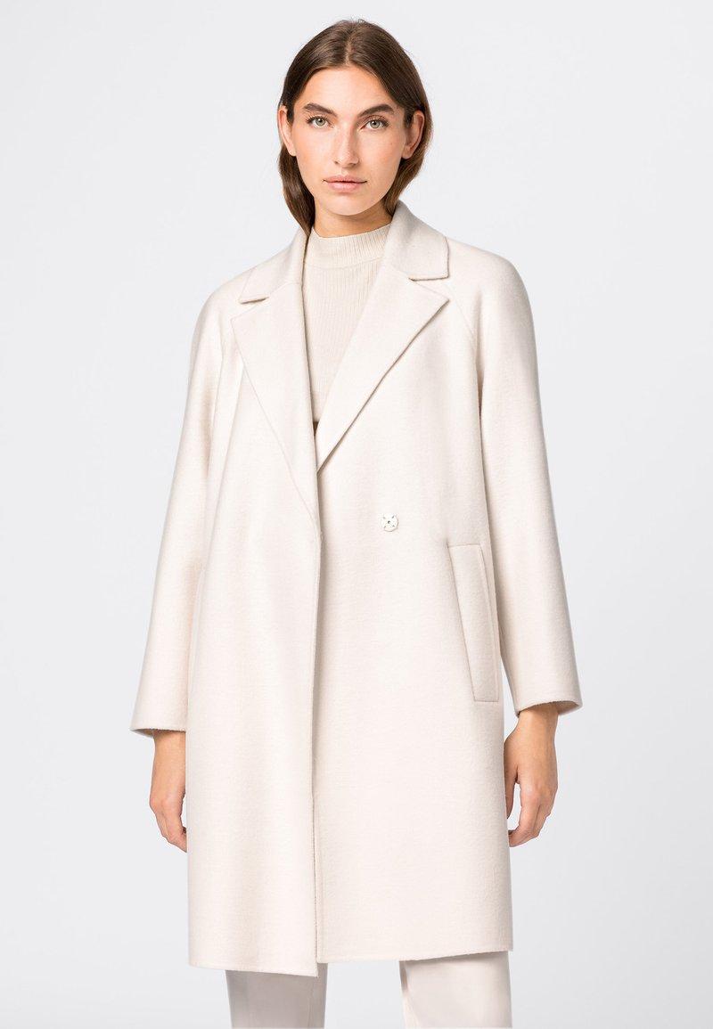 HALLHUBER - Classic coat - creme