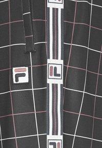 Fila - WAITE TRACK PANT - Tracksuit bottoms - black - 5