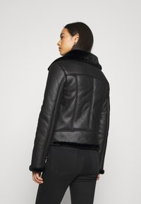 Missguided - AVIATOR - Faux leather jacket - black - 2