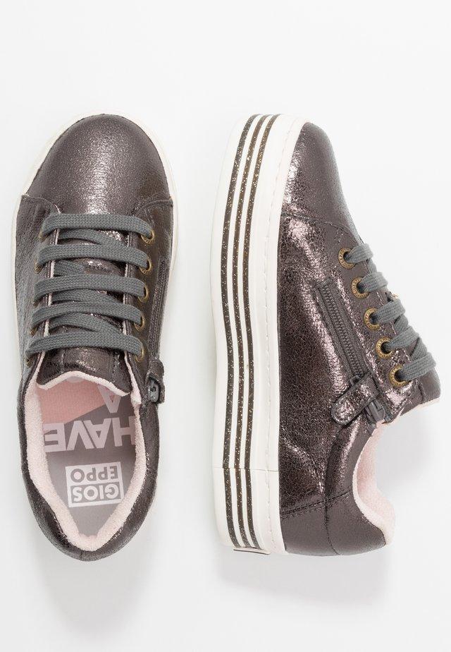 Sneakers basse - plomo