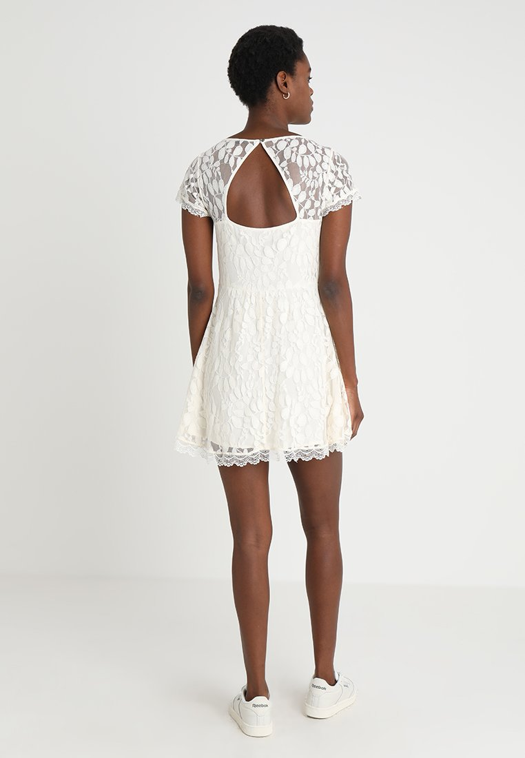 Abercrombie & Fitch CHASE DRESS - Kjole - white