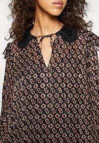 maje - RINETTE - Denní šaty - noir - 5
