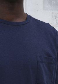 BY GARMENT MAKERS - T-shirt basic - dark blue - 1