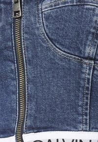Calvin Klein Jeans - BUSTIER - Blusa - mid blue - 2
