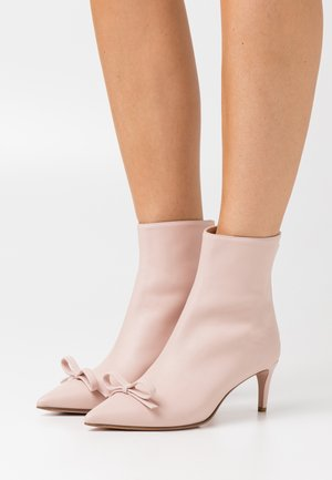 BOOTIE - Classic ankle boots - nude