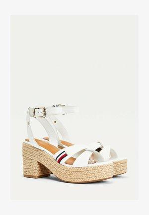 High heeled sandals - beige, white