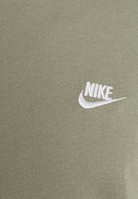 Nike Sportswear - CLUB TEE - Basic T-shirt - light army/white - 2