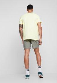 Quiksilver - Shorts - kalamata - 2