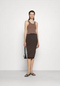 MICHAEL Michael Kors - BOLD  LOGO SKIRT - Pencil skirt - chocolate - 1