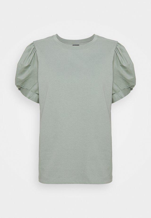 MIX PUFF - T-shirt basic - sage