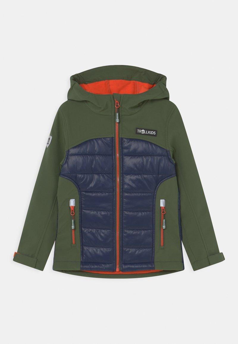 TrollKids - LYSEFJORD UNISEX - Soft shell jacket - forest green/navy/flame orange