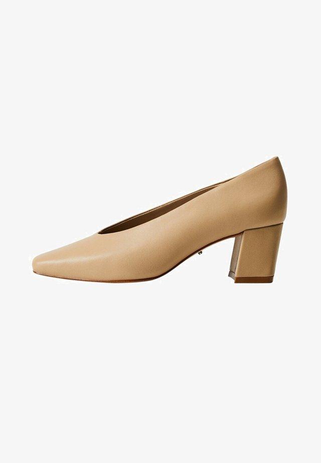 CHIVA - Classic heels - ecru