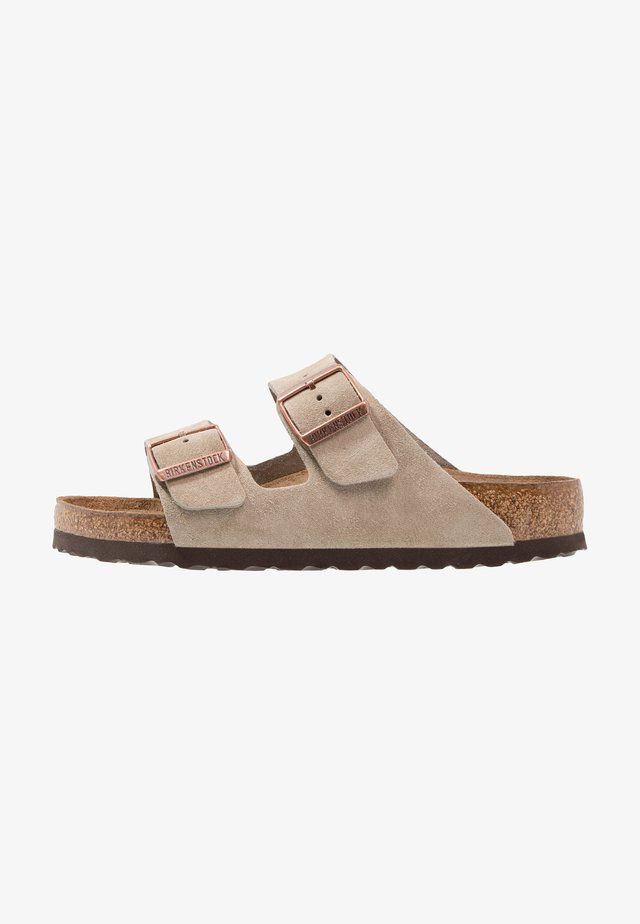 ARIZONA SOFT FOOTBED UNISEX - Slippers - taupe