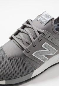 New Balance - MRL247-D HERREN - Sneakers basse - silver filigree - 5