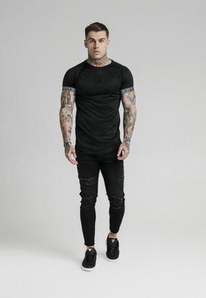 IRIDESCENT TECH TEE - Print T-shirt - black