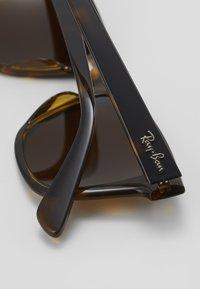 Ray-Ban - Sluneční brýle - brown - 5