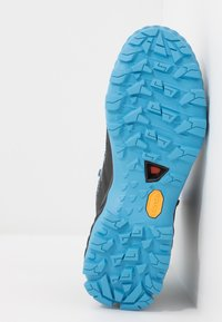 Mammut - DUCAN HIGH GTX WOMEN - Hiking shoes - black/whisper - 4
