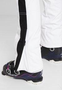 Luhta - JAAMA - Pantaloni da neve - optic white - 5