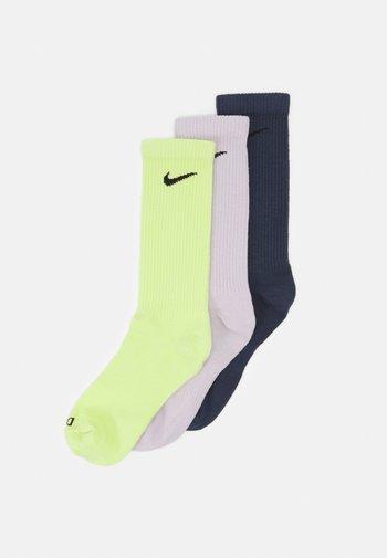 EVERYDAY PLUS CREW 3 PACK UNISEX - Sports socks - lemon twist/thunder blue/venice/black
