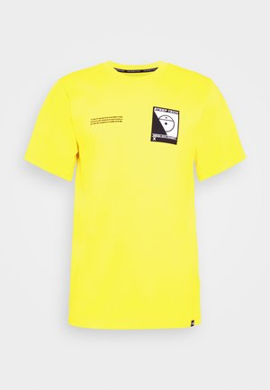 STEEP TECH LOGO TEE UNISEX  - T-shirt z nadrukiem - lightning yellow