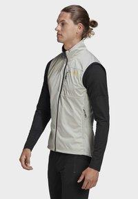 adidas Performance - TERREX AGRAVIC XC - Waistcoat - grey - 6