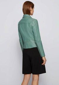 BOSS - Veste en cuir - light green - 2