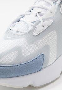 Nike Sportswear - AIR MAX 200 SE - Sneakers laag - white/indigo fog/pure platinum - 5