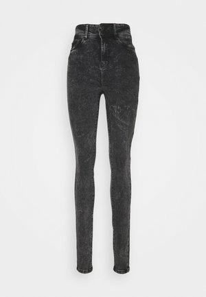 NMAGNES - Jeans Skinny Fit - black denim