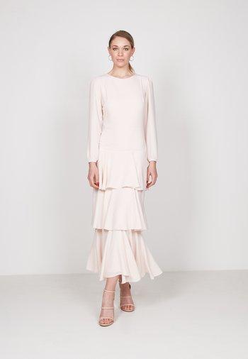 TIERED - Maxi dress - pink