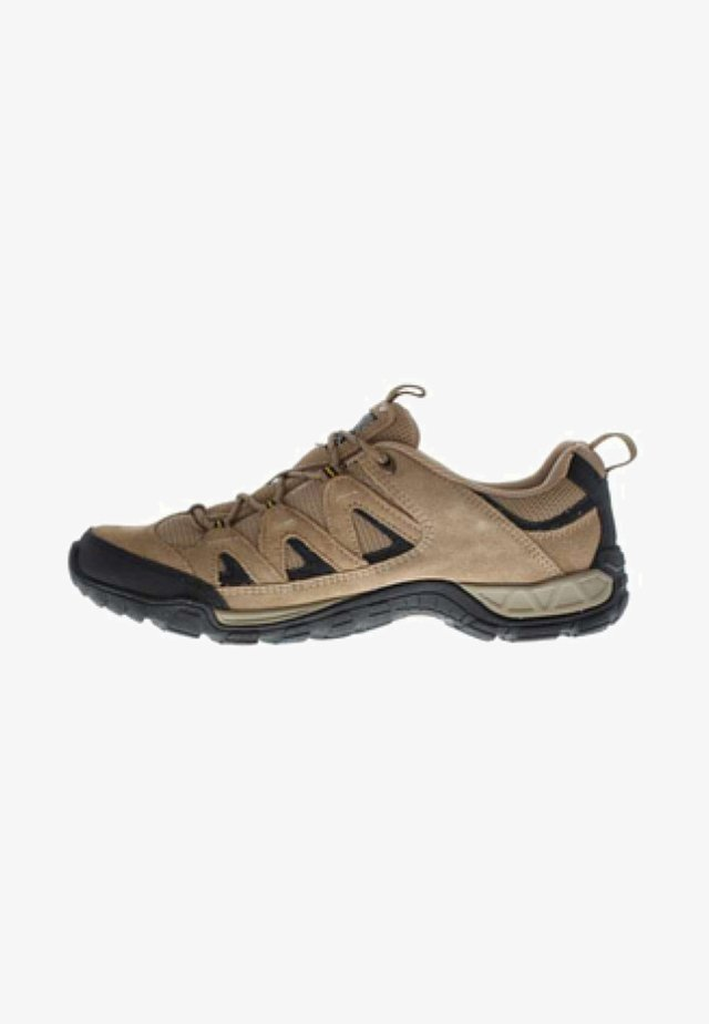 Walking trainers - taupe