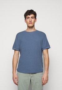 Club Monaco - SHORT SLEEVE - T-shirt - bas - wisteria - 0