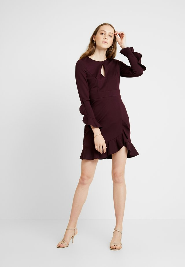 FRILL PONTE DRESS - Cocktailjurk - burgundy